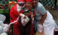 Festa de natal com Papai Noel no natal das crianças