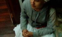 Mãe Fabiana de Oxum faz obrigação