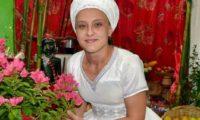 Mãe Fabiana de Oxum Pandá Dioní faz obrigação anual